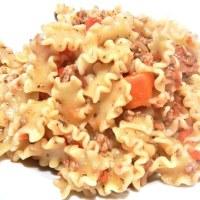 Conchiglie integrali con ragù di salsiccia e fagioli